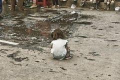 Barn på gatan under karnevalet Tarija Royaltyfri Bild