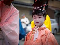 Barn på Kitano Tenmangu Shrine Royaltyfria Foton