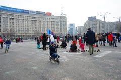 Barn på protesten i Bucharest, Rumänien Royaltyfria Bilder