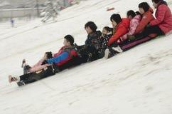 Barn på snö Royaltyfri Fotografi