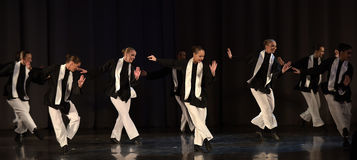 Barn på den judiska dansen för etapp Arkivfoton