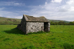 A barn in the Peak District Stock Photo