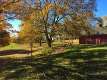 Barn. Red barn on a beautiful fall day Royalty Free Stock Photos