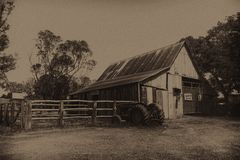 Free Barn Rustic Tractor In Sepia Antique Olden Times Stock Photo - 106262550