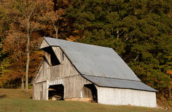 Barn in the Shawnee. Photograph of a rustic and rural barn in the Shawnee National Forest area of southern Illinois stock image