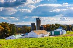 Barn and silos on a farm in rural York County, Pennsylvania. Stock Photography