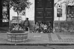 Barn som äter icecream i Tarija Royaltyfri Foto