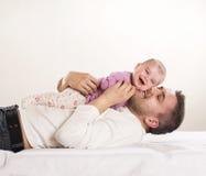 Fader med barnet Royaltyfri Foto