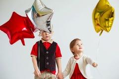 Barn som rymmer en stjärna formad, sväller Fotografering för Bildbyråer