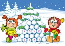 Barn som spelar i snön Arkivfoto