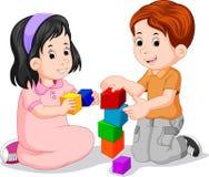 Barn som spelar med kuben royaltyfri illustrationer