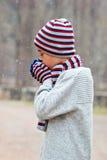 Barn under snön Arkivbilder