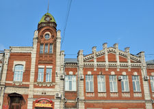 Barnaul,俄罗斯, 2016年8月, 17日 没人, Barnaul市杜马的大厦1914-1916年建筑 库存照片