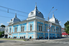 Barnaul,俄罗斯, 2016年8月, 17日 Barnaul精神学校的前大厦,建筑学的纪念碑 图库摄影