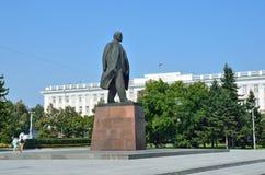 Barnaul, Ρωσία, 17 Αυγούστου, 2016 Το μνημείο στο Βλαντιμίρ Λένιν στο κέντρο Barnaul, Ρωσία Στοκ φωτογραφίες με δικαίωμα ελεύθερης χρήσης