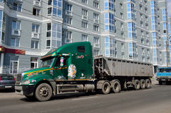 Barnaul, Russia, August, 17, 2016. Freightliner Columbia on Gogol street in Barnaul Royalty Free Stock Photos