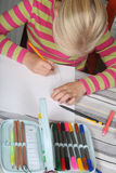 barnavläsningswriting arkivfoton