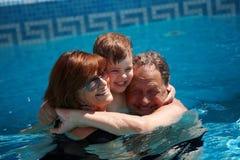 barnbarnmorföräldrar Fotografering för Bildbyråer
