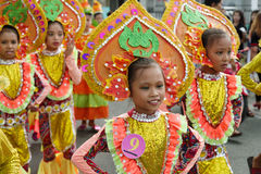 Barndans i den Calauan Pinya festivalen 2017 Royaltyfri Foto