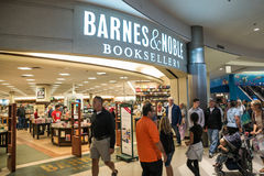 Barnes and Noble in Mall of America. MINNEAPOLIS,MN - SEPTEMBER 26: Barnes and Noble in Mall of America, in Minneapolis, MN, on September 26, 2013 Royalty Free Stock Images