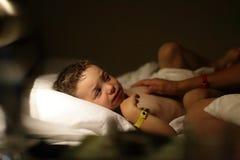 Barnet är sjukt Fotografering för Bildbyråer