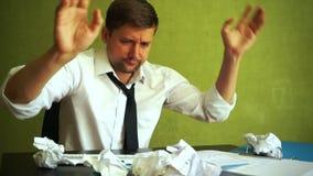 Barnet förkrossade chefen med problem arkivfilmer