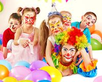 Barnfödelsedagdeltagare. Royaltyfria Foton