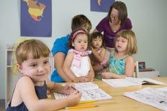 barnförträning Arkivbild