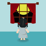 Barnflicka som är stående tillbaka i fönstret Arkivfoto