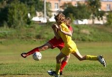 barnfotbollmatch Arkivbilder