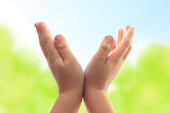 barnhänder Royaltyfria Bilder
