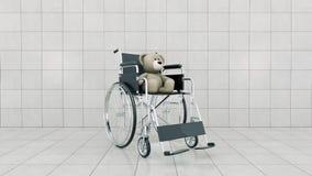 Barnhandikappbegrepp: brun nallebjörn i rullstol Royaltyfri Bild