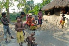 barnindia poor Arkivfoto