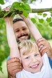 Barnlek och övningsgymnastik Arkivbilder