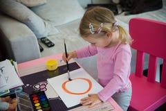 barnmålarfärger Arkivbilder