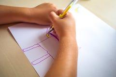 Barnmålningbild Skott av händer Royaltyfri Fotografi