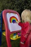 barnmålningsregnbåge Arkivbild