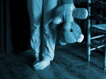 Barnmisshandel eller sleeplessness Arkivfoto