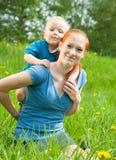 barnmoder Arkivfoton