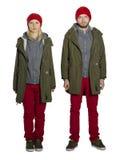Barnpar som bär samma kläder Arkivfoton