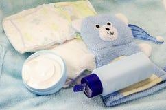 Barns badprodukter och hygienobjektcloseup Arkivbild