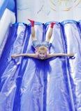 Barns underhållning under semestern Arkivbild