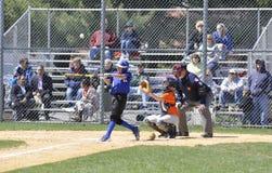 Barnserien i basebollbasketmatch Royaltyfri Foto