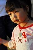 barnsolnedgång under Fotografering för Bildbyråer