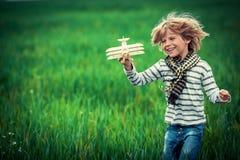Barnspring Fotografering för Bildbyråer