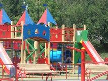 barnstadslekplats s Fotografering för Bildbyråer