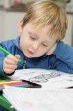 barnteckning little Arkivfoton