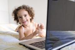 barnteknologi arkivfoto
