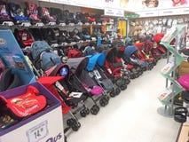 Barnvagnar, pushchairs och sittvagnar Royaltyfri Foto