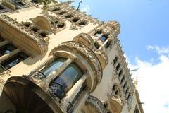 Barock byggnadsfasad i Barcelona, Spanien Fotografering för Bildbyråer
